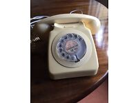 Vintage Rotary Dial Phone Model 746 GEN
