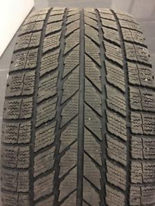 4x pneus hiver Toyo Observe + Rims