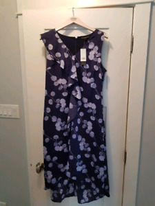 NEW WITH TAGS Banana Republic Dress 12