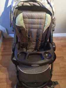 Graco Snugride Click Connect 35 Travel System - *MINT CONDITION*