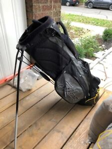 Titleist Stand Bag - Used but in decent shape
