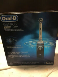 Oral-B GENIUS800 RECHARGEABLE TOOTHBRUSH CHEAP 140$(worth 200$$)