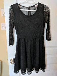 Women's black lace dress