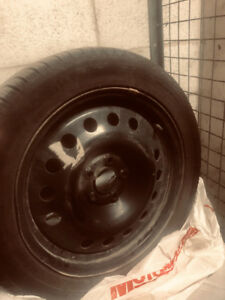 Michelin winter tires+rims-pneus d'hiver+jantes 215/50/17""