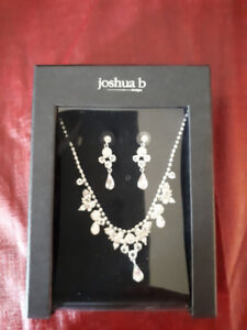Joshua b designs, Silver necklace and earrings set