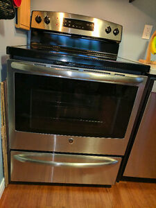 Beautiful GE Stainless Steel Self Cleaning Electric Range