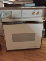Wall oven - vintage look - 1990's