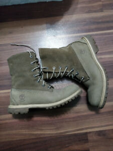 Timberland boots MINT condition
