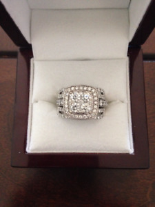 Beautiful Engagement Ring Set!  Over 1 carat with 14K white gold