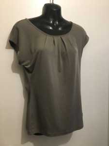 Closet clean out - women's size small