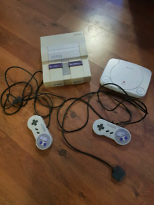 Broken Snes and Ps1 + 2 snes controllers (damaged cords)