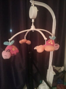 Baby mobile to hang in crib