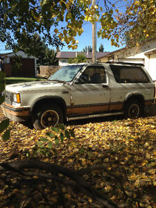 1987 Chevy S10 Blazer for parts