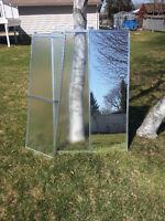 Mirolin 3 piece shower door set, in excellent condition!!