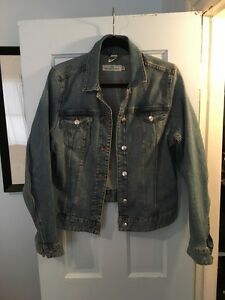 H&M women's jean jacket