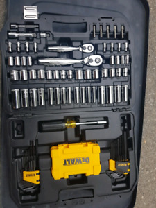 Dewalt 108 pc socket tool set