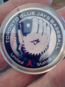 LARGE 40mm TORONTO BLUE JAYS AMERICAN LEAGUE COIN.
