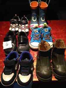 Toddler boys size 6 shoes + rain boot