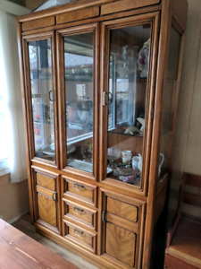 Solid wood dining room table, 6 chairs, and hutch