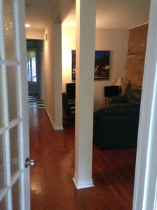 ROOM AVAILABLE IN SPACIOUS APT - PLATEAU MONT ROYAL
