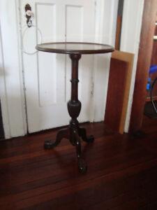 older pedestal table