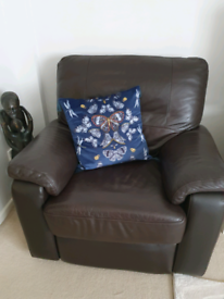 DFS Brown Leather Linea manual recliner armchair - Excellent condition