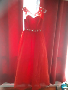 Beautiful gown size 2