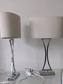 BED SIDE LAMPS IN FANTASTIC CONDITION