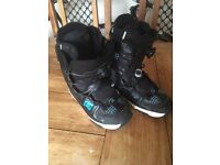 Snowboard boots - DC- UK size 5