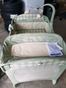 Pack and go playpen graco