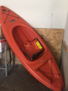 "Kayak 8'6"" very good Condition"