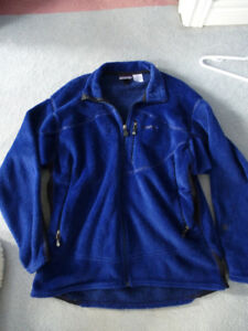 $199 Patagonia R2 Jacket, Mens, Blue, Large, Great Condition