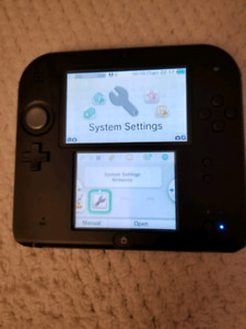 Nintendo 2DS with 32gb SD Card (games included)