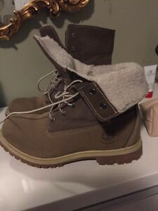 BRAND NEW WOMENS SIZE 8 waterproof timberland boots London Ontario image 1