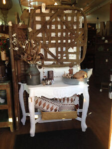 Antique and Home Decor Store