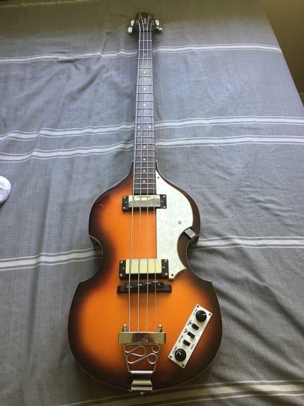 East Coast 4 String Violin Shaped Bass Guitar In Sunburst Based On