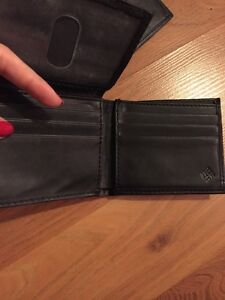 YOUR CHOICE - leather wallet  Kitchener / Waterloo Kitchener Area image 7