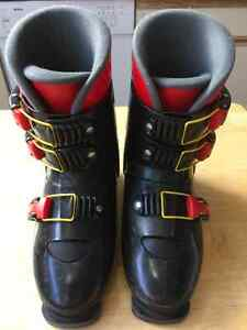 NORDICA MEN or WOMEN'S SKI BOOTS