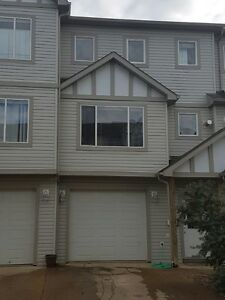 4 Bedrooms Townhouse For Rent in Timberlea