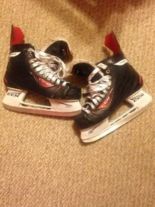 CCM RBZ Hockey Skates Size 9 Cambridge Kitchener Area image 1