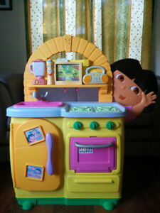 Fisher-Price Dora Talking Kitchen with over 40 play pieces