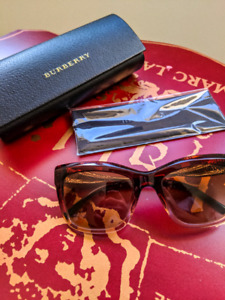 BURBERRY sunglasses in excellent condition.