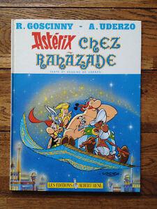 Astérix 2 B.D. et 2 livres Idéfix