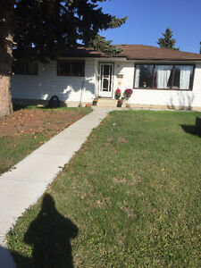 Amazing 5 Bedroom Bungalow for a Great Price!