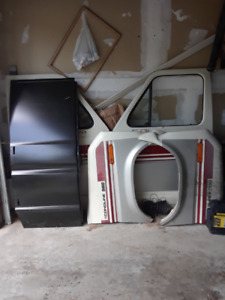 Parts for a FORD econoline 1975 T0 1991