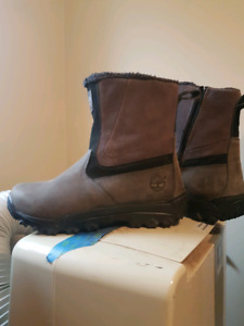 Brand new mens timberland size 10 boots