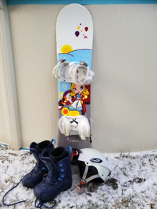 Girls Snowboard, bindings, boots, helmet and Goggles