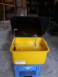 Electric 3.5 Gallon Parts Washer