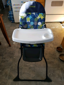Cosco Collapsible Highchair