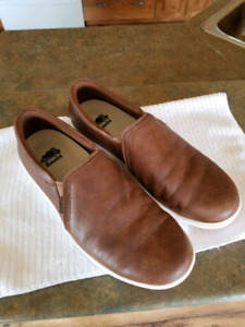 Womens Roots shoes